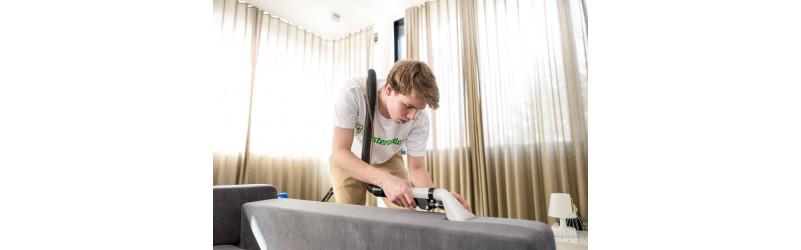 Vollzeit in BERLIN: Spezialist m/w/d für Polsterreinigung im Außendienst
